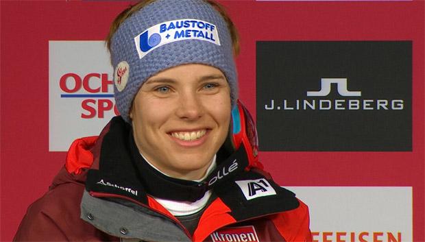 7. Februar 2017: Der schönste Tag ihres Leben als Rennfahrerin - Nici Schmidhofer bei der Pressekonferenz in St. Moritz