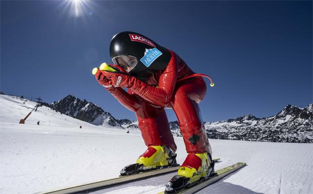 Nici Schmidhofers erste Speedski-Versuche. (© Jan Farrell Media)