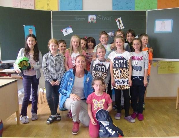 Schulklasse freute sich über Besuch von Hanna Schnarf (Foto: Hanna Schnarf / privat / Facebook)