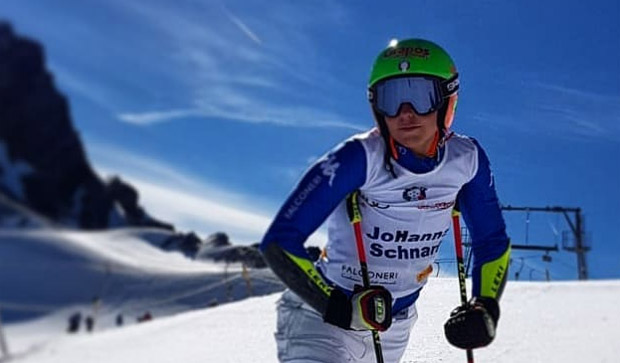 Auch Hanna Schnarf stellt die Skier in den Keller (Foto: Hanna Schnarf / Facebook)