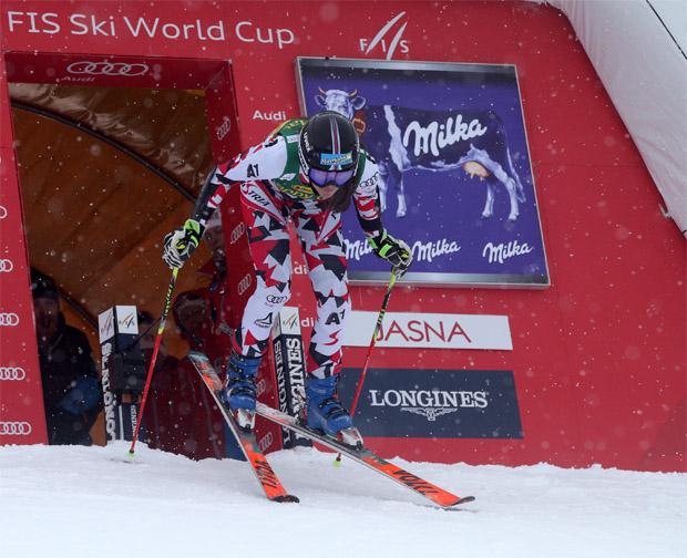 © Kraft Foods / Die Tirolerin Rosina Schneeberger freut sich über den Titel in der Alpinen Kombination