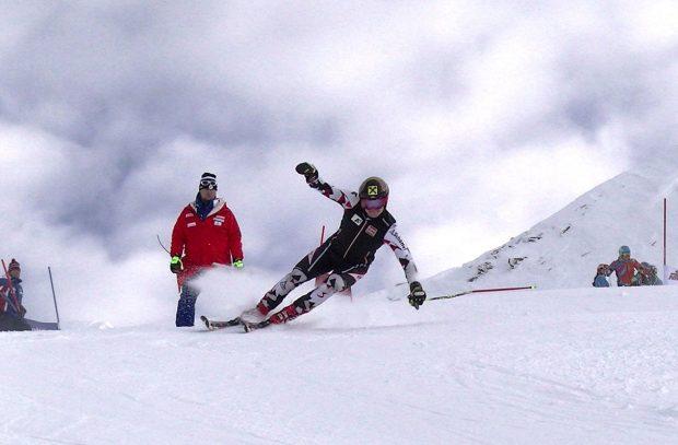 Auch A-Kaderläufer Christoph Schneider kann im Steilhang des Mölltaler Gletschers ans Limit gehen