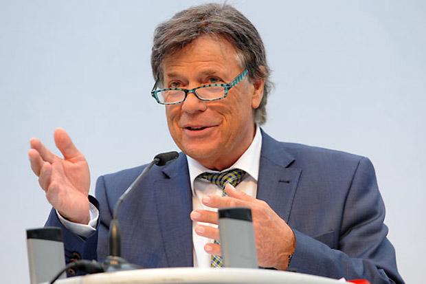 Prof. Peter Schröcksnadel wurde einstimmig bis 2017 als Präsident des Österreichischen Skiverbandes wiedergewählt. (Foto: Erich Spiess)