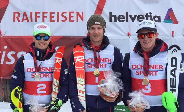 Bei den Herren sichert sich Sandro Simonet den Schweizertitel in der Kombination. Der 22-Jährige holte sich den Tagessieg vor seinen Teamkollegen Loïc Meillard und Matthias Iten.