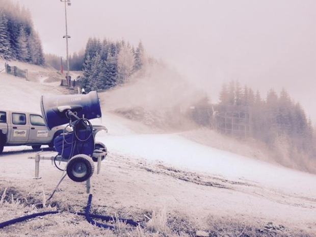 © Facebook Zauberg Semmering / Let it snow! Wenn am 28. und 29. Dezember 2014 auf dem Hirschenkogel am Semmering die FIS Damen Skiweltcup-Rennen ausgetragen werden, ist in jedem Fall für beste Pistenverhältnisse gesorgt.