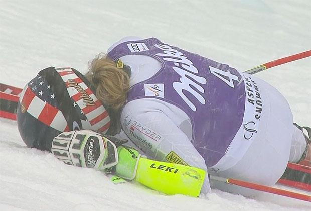 Bitterer Ausfall für Mikaela Shiffrin: Den Sieg vor Augen schied sie kurz vor der Zieldurchfahrt aus.