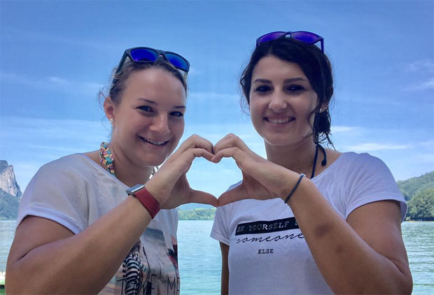 Ramona Siebenhofer und Stephanie Venier (Foto: Ramona Siebenhofer / Facebook)