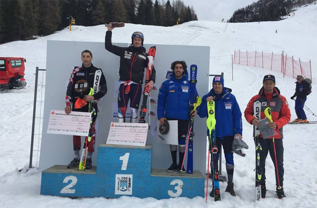 Siegerbild EC-Slalom-Berchtesgaden: Matej Vidovic, Marc Rochat, Tommaso Sala, Federico Liberatore und Johannes Strolz (Foto: Swiss Alpine Ski Team / Facebook)