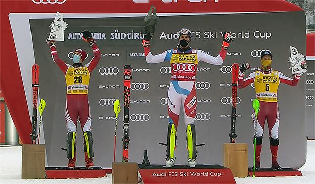 Hinter Ramon Zenhäuser stürmten Manuel Feller und Marco Schwarz auf das Slalom-Podest in Alta Badia