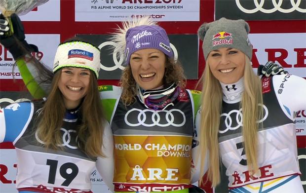 Das Podium der Weltcupabfahrt: Corinne Suter, Ilka Stuhec und Lindsey Vonn.