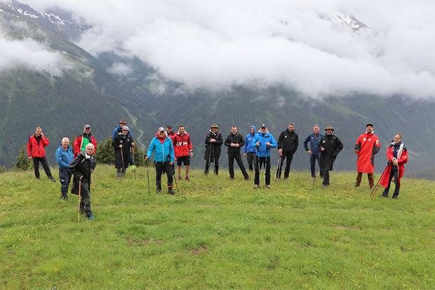 Streckenbegehung mit den Verantwortlichen von FIS, ÖSV und OK-Team. (Foto: © Arlberg Kandahar Rennen)