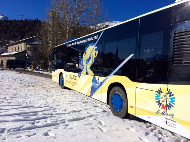 © FIS Alpine World Ski Championships / Die Busse der Ski WM St. Moritz 2017 fahren im Engadin und in Chur