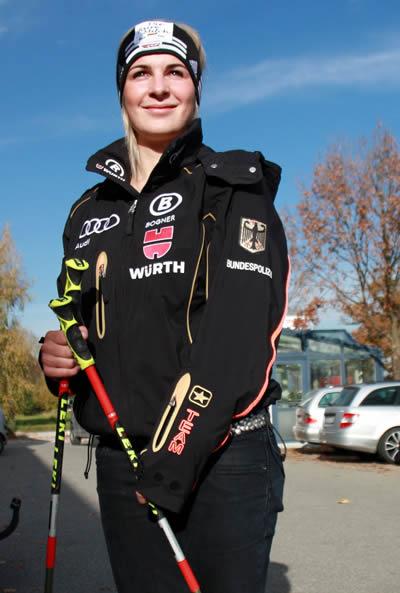 Veronika Staber (WSV Samerberg) freut sich nach erneuter Verletzungspause jetzt auf ihren Start bei den Weltcuprennen in Aspen. © Foto: Petra Rapp