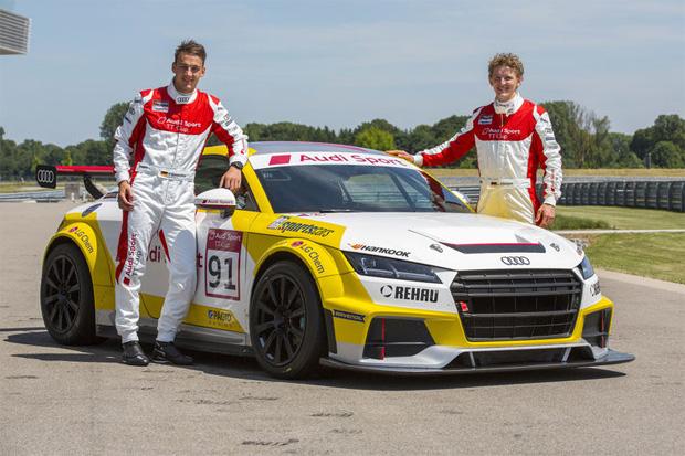 Skistars Linus Straßer (re.) und Daniel Bohnacker (li.) im Audi Sport TT Cup (Bild: Audi.de)