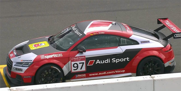 Nicht nur Linus Straßer, auch die italienischen Skiasse geben im Audi Gas!