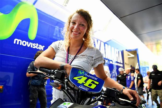 Ilka Štuhec von MotoGP-Rennen in Barcelona begeistert. (Foto: Facebook / Ilka Štuhec)