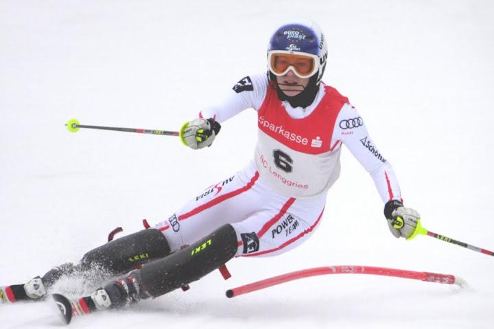 © Gerwig Löffelholz / Carmen Thalmann im zweiten Europacup Slalom von Innichen am Podest