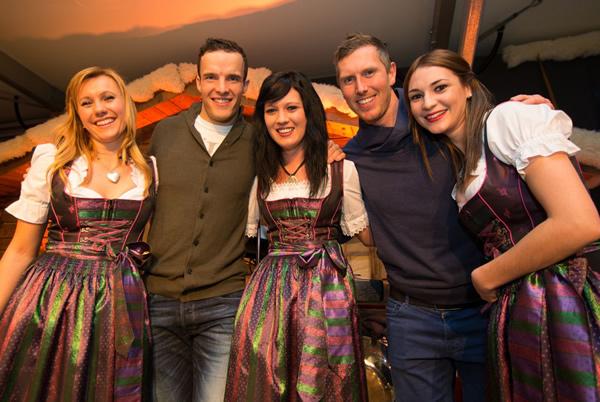 Genossen nach dem Super G die St. Anton Night im Tirol Berg: Südtirols Skiasse Christof Innerhofer (li.) und Werner Heel. Fotohinweis: Foto: Tirol Werbun