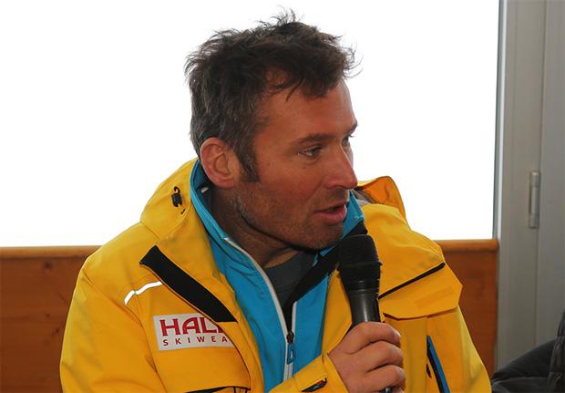 © hahnenkamm.com /  Glück im Unglück für FIS-Renndirektor Hannes Trinkl