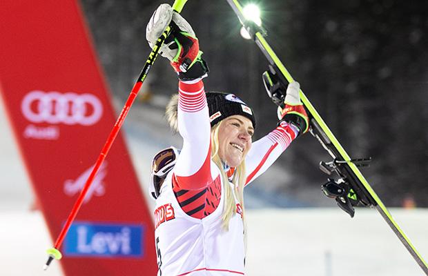Platz 3 in Levi, Stockerl-Premiere für Katharina Truppe (Credits: Fischer Sports GmbH / GEPA Pictures)