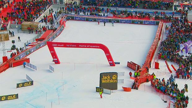Ski Weltcup Riesenslalom-Rennen der Herren in Val d'Isère wackeln