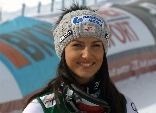 Stephanie Venier fährt auf der Corviglia sensationell, noch bevor sie je eine Weltcuprennen für sich entscheiden konnte zum Vizeweltmeistertitel.