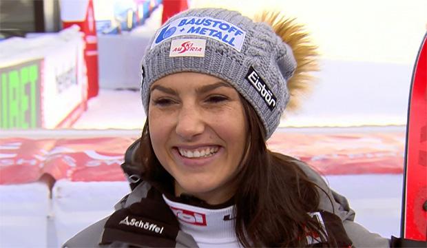 SKI WM 2019: Stephanie Venier mit Torfehler zur Tagesbestzeit beim 3. Abfahrtstraining