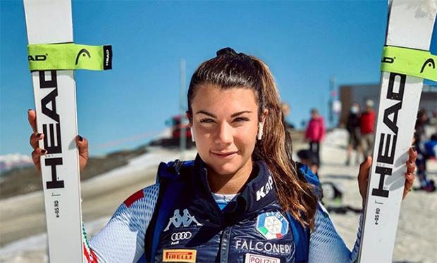 Junge Serena Viviani feiert in Levi ihr Ski Weltcup Debüt (Foto: © Serena Viviani / Instagram)
