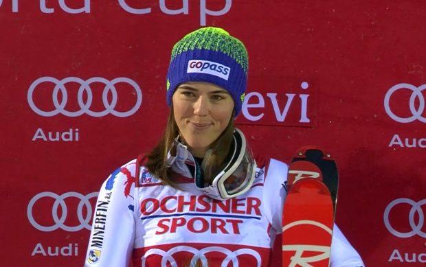 Gewinnt Petra Vhlova, als erste Frau, den Skiweltcup-Slalom von Levi zweimal in Folge?