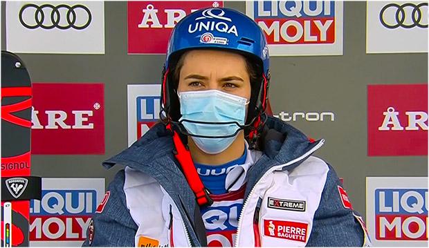 Petra Vlhová übernimmt Zwischenführung beim Slalom von Are