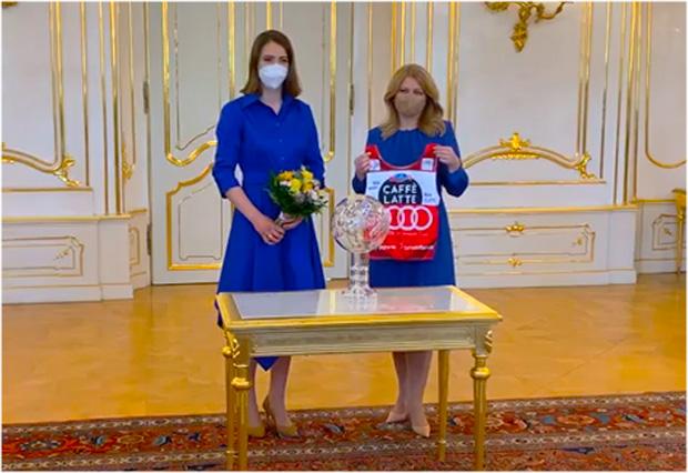 Trikot von Petra Vlhová bringt slowakische Staatspräsidentin in Bredouille