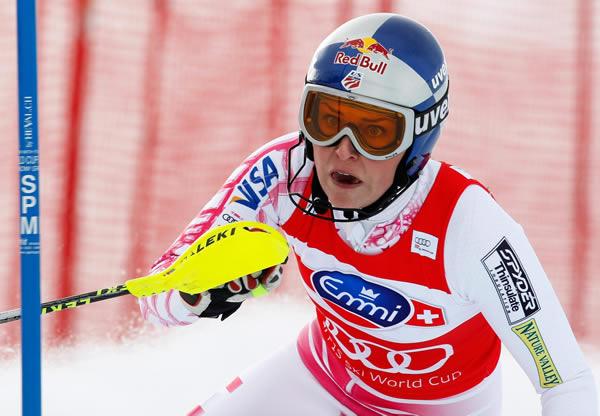 Lindsey Vonn versucht ihre kleine Kombinations Weltcupkugel zu verteidigen. (PHOTOPRESS/Arno Balzarini)