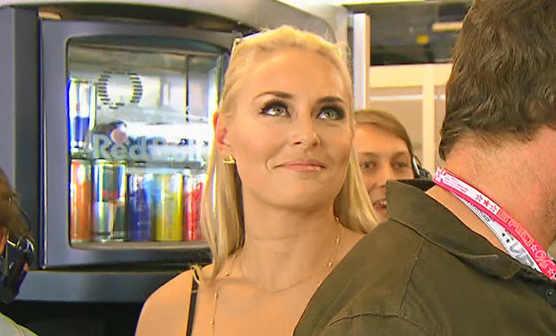 Lindsey Vonn in der Box von Red Bull