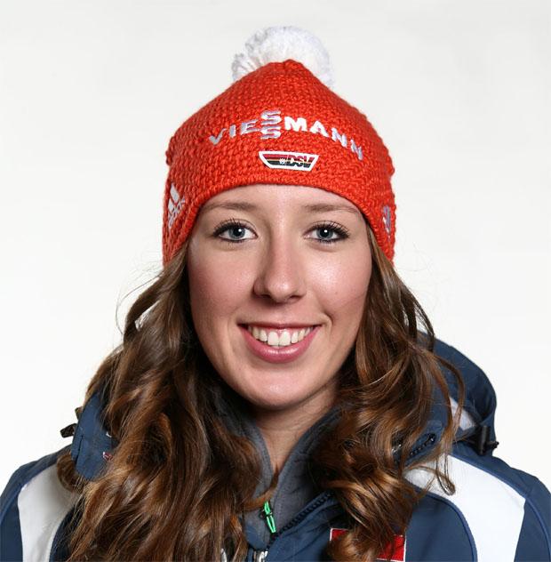 Kira Weidle bei EC Abfahrt in Zauchensee Zweite hinter Breezy Johnson