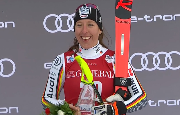 Kira Weidle kann über Platz 3 in Lake Louise strahlen