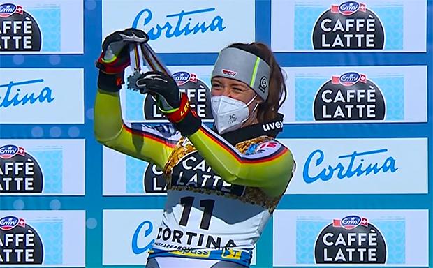 DSV News: Goldener Ski 2021 geht an Kira Weidle .........