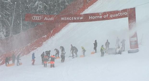 In Wengen ist man am Samstag auf Schneefall vorbereitet.