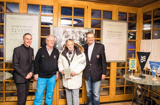 Michael Huber (KSC-Präsident), Hugo Wetzel (Vorsitzender OK-Ski WM St. Moritz), Gian Franco Kasper (FIS-Präsident), Ivan Wagner (Schweizerischer Akademischer Skiclub)