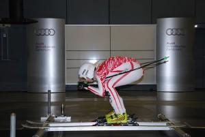 © www.schoeffel.de / Die richtige Haltung ist gefragt: ÖSV-Skirennläuferin Regina Mader im Audi-Windkanal.