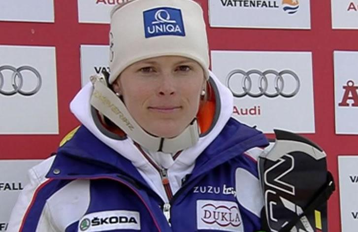 Veronica Zuzulova führt nach dem 1. Durchgang beim Slalom von Are.