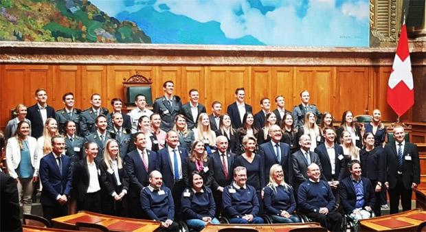 Schweizer Bundesrat und Ratspräsidenten empfangen Olympioniken im Bundeshaus (Foto: Ramon Zenhäusern / instagram)