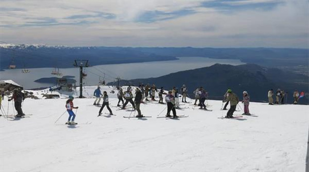 Skigebiet Cerro Catedral im letzten Herbst. (Foto © skigu.ru)