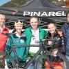 Elisabeth Görgl und viele weitere illustre Namen des Weltcups beim 2Horn-Downhill Vist Cup – Das Podium ging dabei an einen Amateur