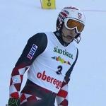 Kroate Matej Vidovic liegt beim Europacupslalom in Obereggen in Führung