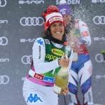 Federica Brignone lässt die Riesentorlauf-Kugel nicht aus den Augen