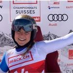 Delia Durrer sichert sich im Rahmen der Schweizer Meisterschaften auch die Abfahrtsgoldmedaille