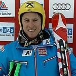 Ski-Asse mit besserem Kopfschutz unterwegs