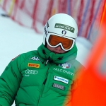 Verena Gasslitter trainiert mit den azurblauen Slalom-Damen
