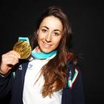 Sofia Goggia freut sich über Empfang auf dem Mailänder Flughafen