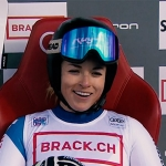 Lara Gut-Behrami hielt als Fünfte die Schweizer Fahne hoch